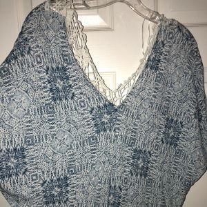Love stitch crochet back blouse